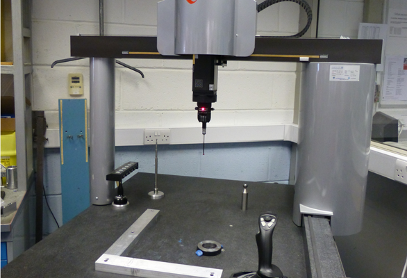 Axiom Too 900CNC .Cmm